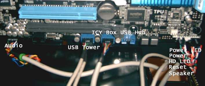 montage40 - High End Gamerrechner Montagebericht - Tischkonfiguration & Testbericht